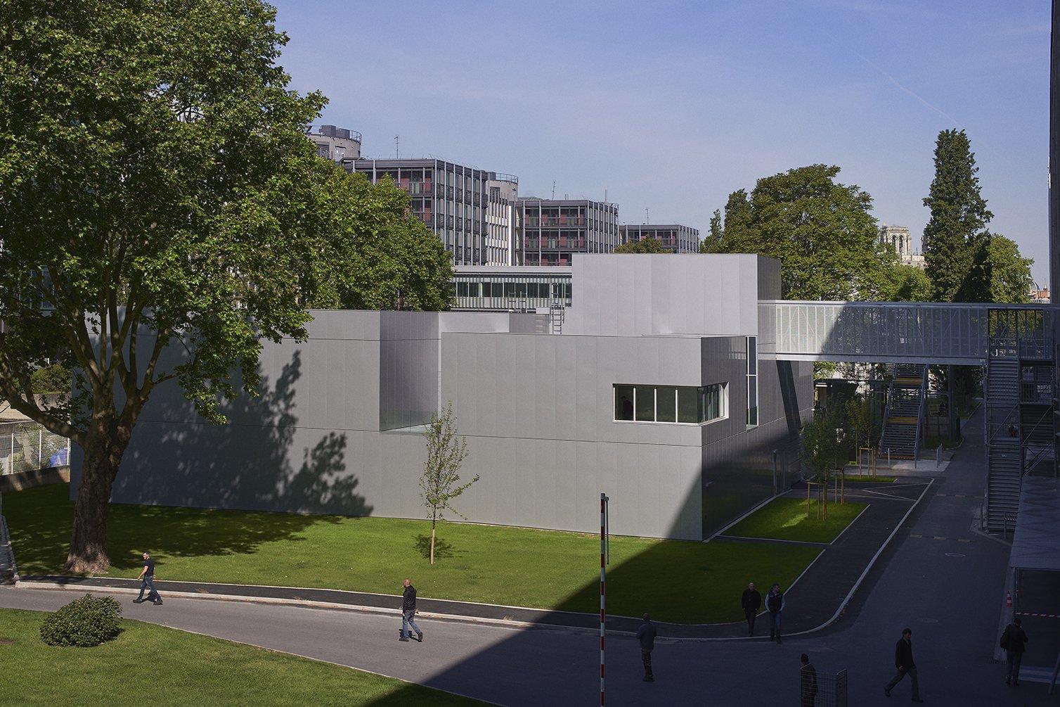 https://www.transform-architecture.com/wp-content/uploads/2020/12/TRANSFORM-Centre-exploration-fonctionnelle-Jussieu-08.jpg