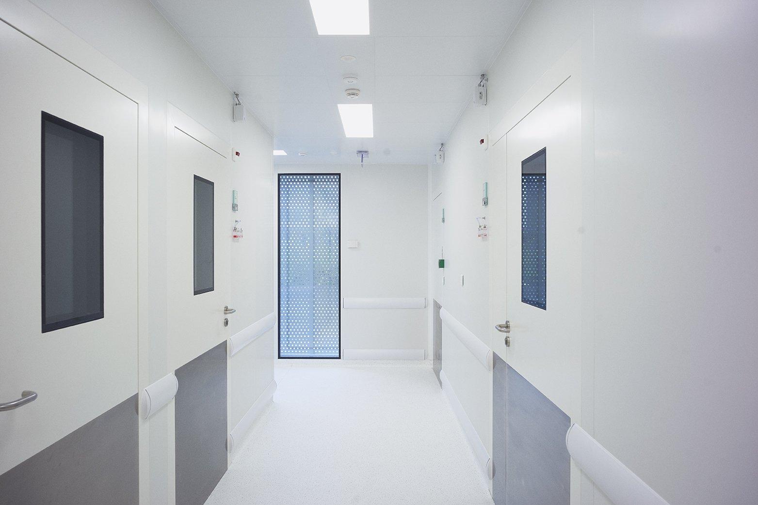 https://www.transform-architecture.com/wp-content/uploads/2020/12/TRANSFORM-Centre-exploration-fonctionnelle-Jussieu-18.jpg