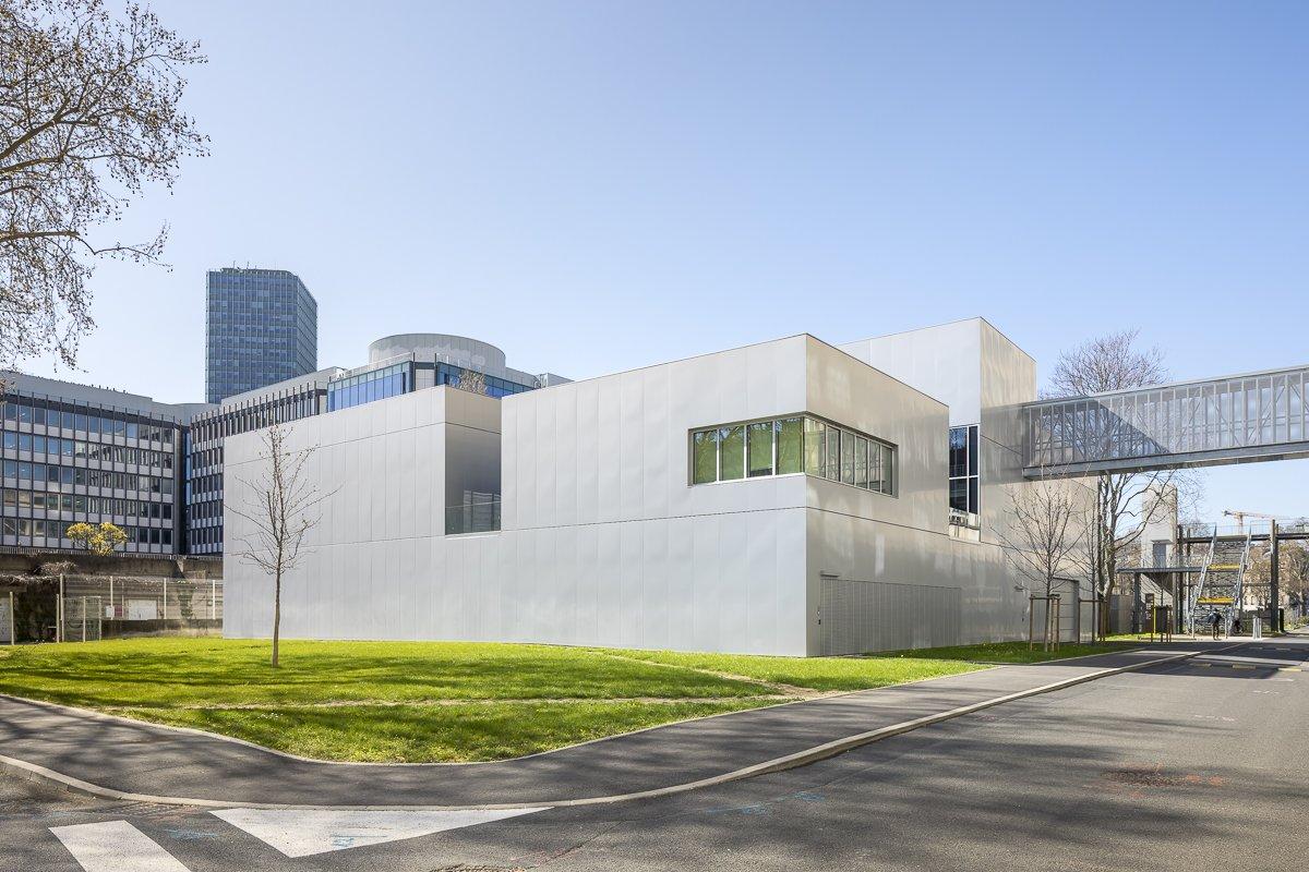 https://www.transform-architecture.com/wp-content/uploads/2020/12/photo_SG_2021_-_ARCELOR_MITTAL_-_campus_jussieu_-_paris_05_-_ECR-B-003.jpg