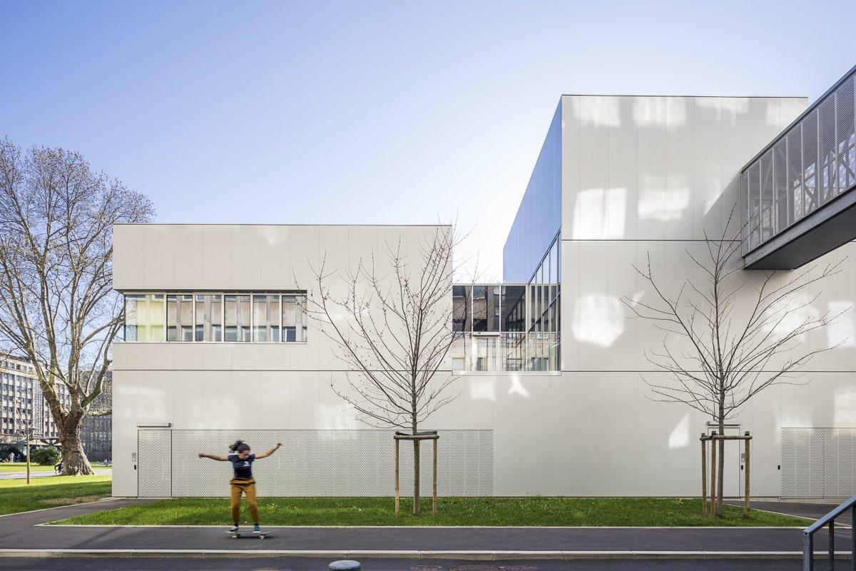 https://www.transform-architecture.com/wp-content/uploads/2020/12/photo_SG_2021_-_ARCELOR_MITTAL_-_campus_jussieu_-_paris_05_-_ECR-B-016.jpg