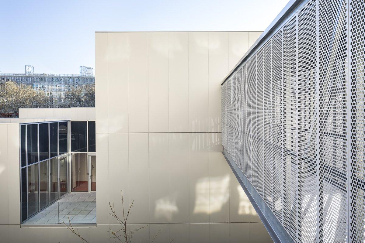 https://www.transform-architecture.com/wp-content/uploads/2020/12/photo_SG_2021_-_ARCELOR_MITTAL_-_campus_jussieu_-_paris_05_-_ECR-B-023.jpg