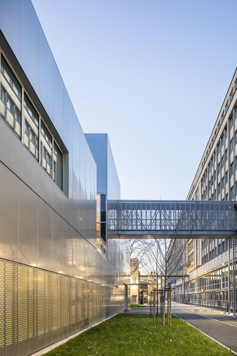 https://www.transform-architecture.com/wp-content/uploads/2020/12/photo_SG_2021_-_ARCELOR_MITTAL_-_campus_jussieu_-_paris_05_-_ECR-B-031.jpg