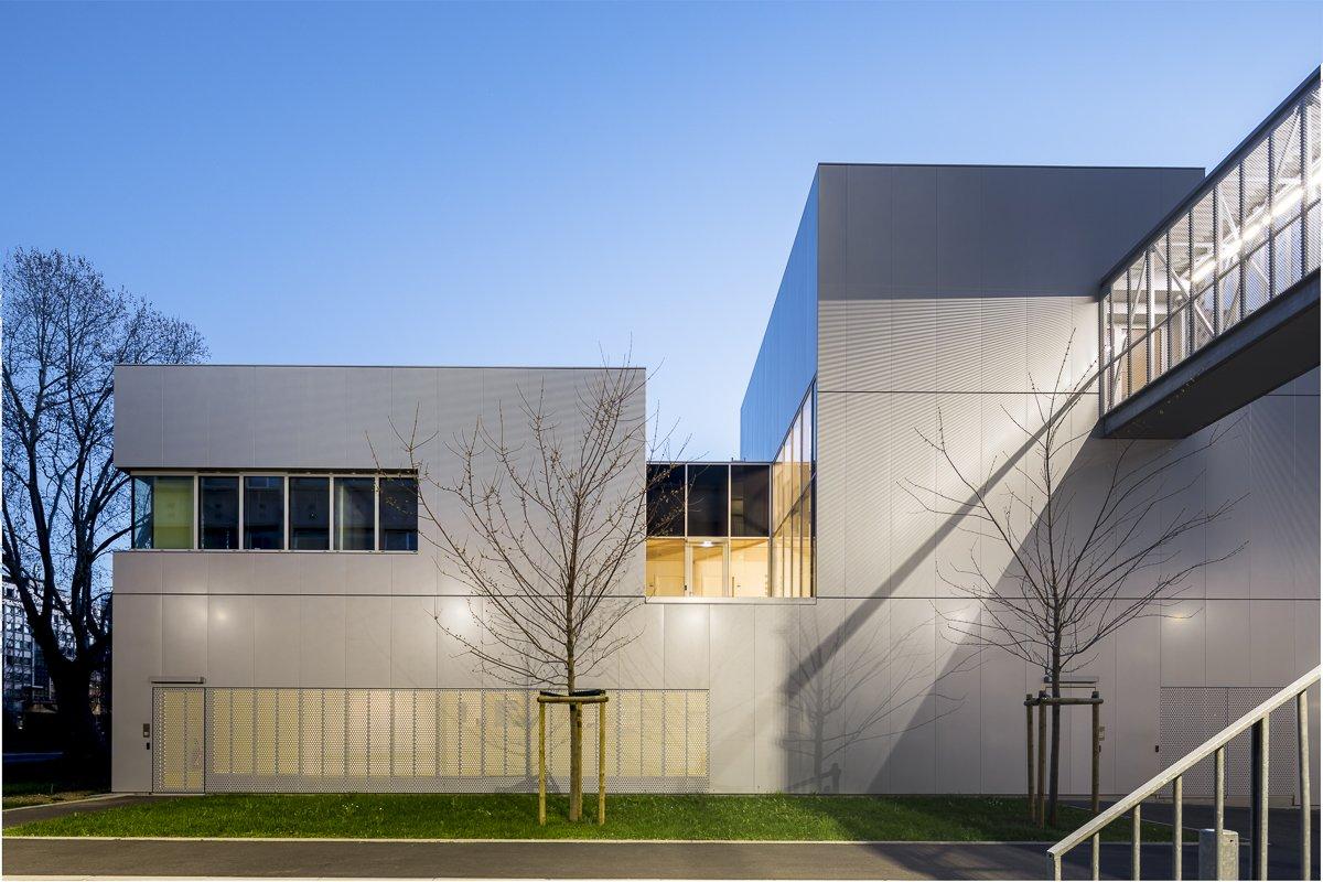 https://www.transform-architecture.com/wp-content/uploads/2020/12/photo_SG_2021_-_ARCELOR_MITTAL_-_campus_jussieu_-_paris_05_-_ECR-B-033.jpg