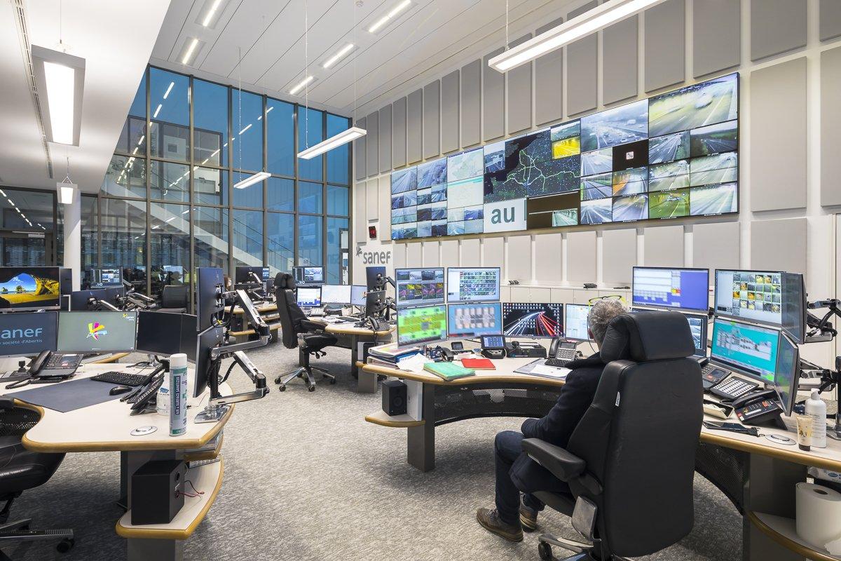 https://www.transform-architecture.com/wp-content/uploads/2020/12/photo_SG_2021_-_TRANSFORM_-_bureaux_-_senlis_-ECR-B-018.jpg