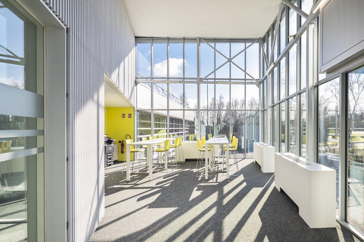 https://www.transform-architecture.com/wp-content/uploads/2020/12/photo_SG_2021_-_TRANSFORM_-_bureaux_-_senlis_-ECR-B-035.jpg