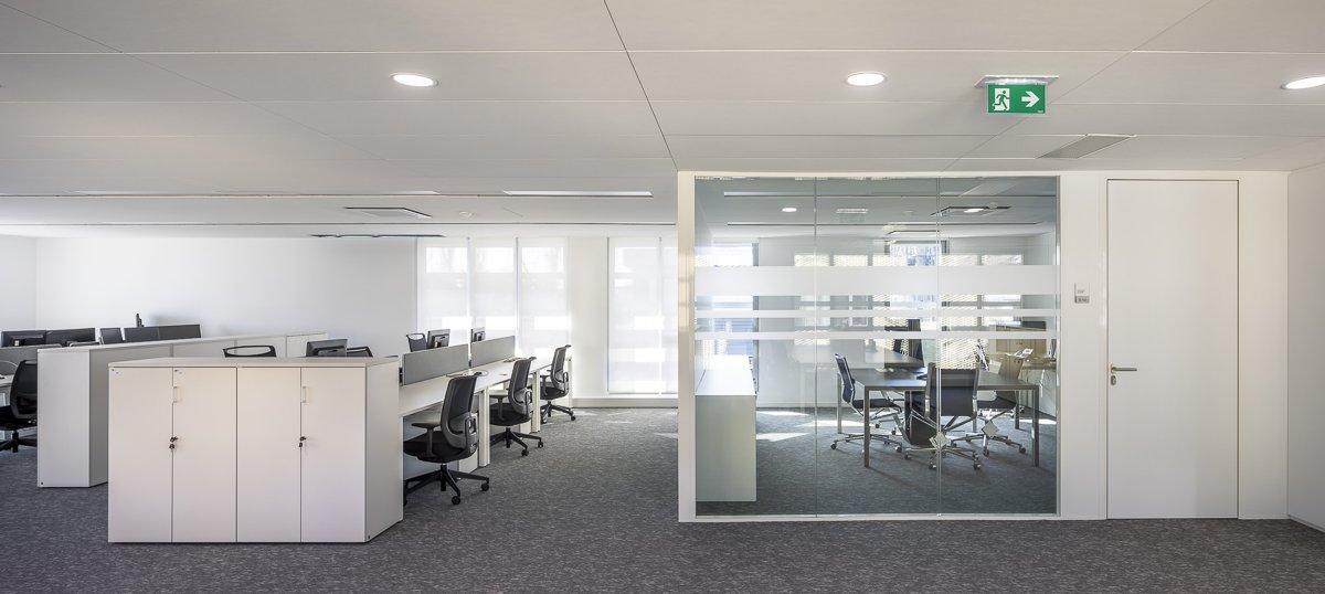 https://www.transform-architecture.com/wp-content/uploads/2020/12/photo_SG_2021_-_TRANSFORM_-_bureaux_-_senlis_-ECR-B-041.jpg